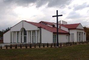 Kaplica przy cmentarzu komunalnym